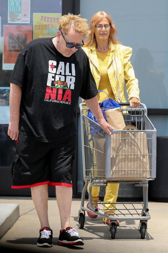 Džon Lajdon sa suprugom