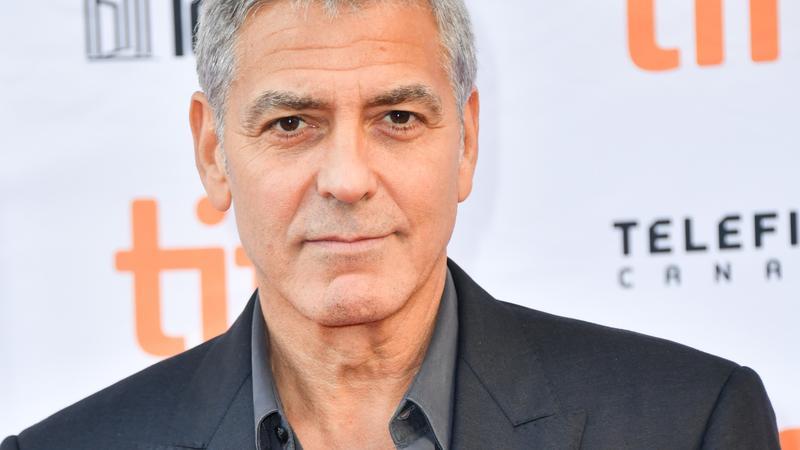 george Clooney randevú