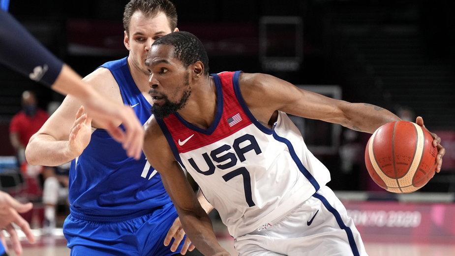 Kevin Durant przeszedł do historii amerykańskiej koszykówki