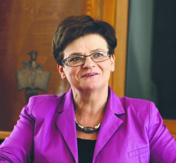 Wirus lubi chaos, a ten chaos stwarza rząd i minister edukacji - oświadczyła Szumilas.
