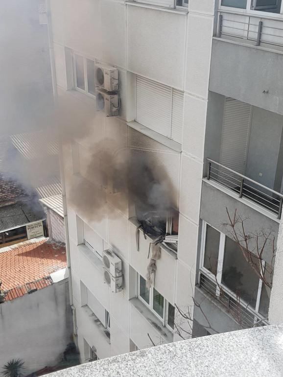 Eksplozija bombe, pa požar