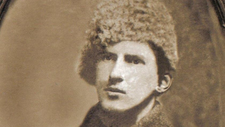 Dziadek Komorowskiego przebił dziadka Tuska