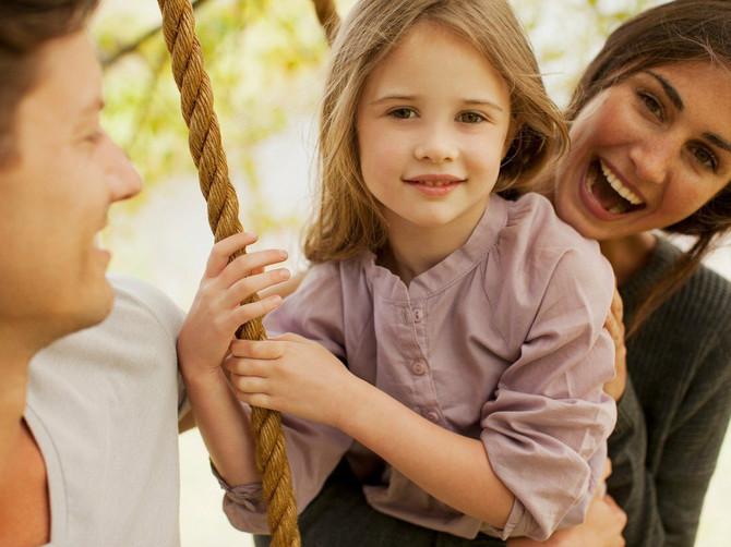 Ako želite uspešnu decu, nauka kaže da ih HVALITE na OVAJ način: Mnogi roditelji rade potpuno suprotno