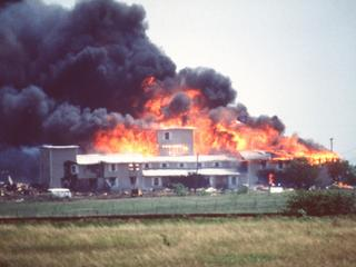 Explosion at Branch Davidian Compound