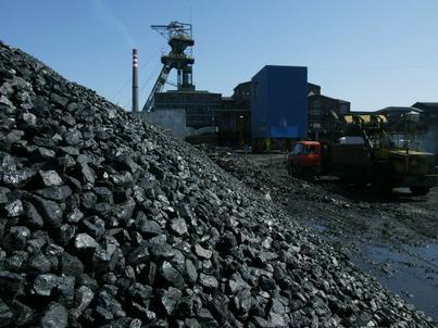 Polskie kopalnie wydobywają coraz mniej węgla kamiennego