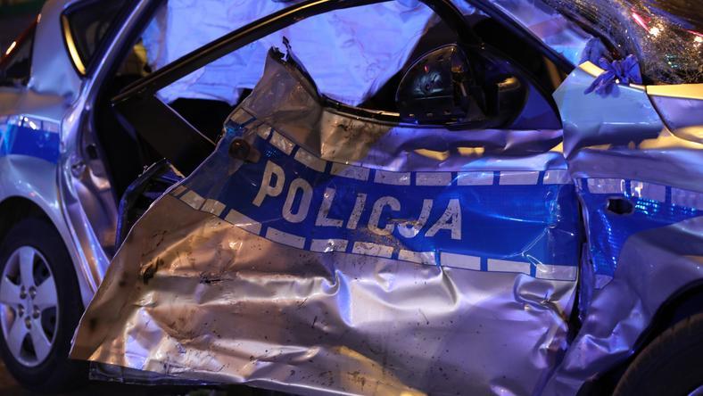 WARSZAWA POLICJA KOLUMNA WYPADEK (miejsce wypadku)