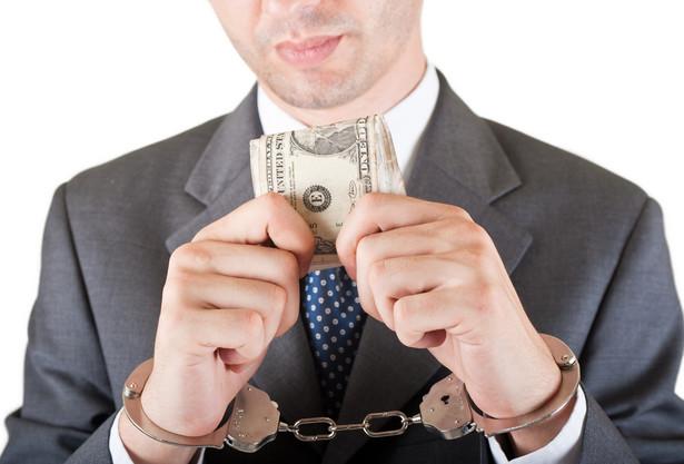 Jak wiadomo, banki nie są instytucjami charytatywnymi, a prowizje i opłaty stanowią sporą część ich przychodów.
