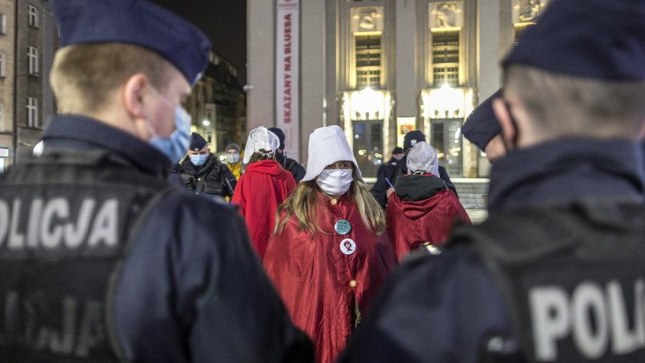 Protest Strajku Kobiet w Katowicach 8 marca 2021 r. (zdjęcie ilustracyjne)