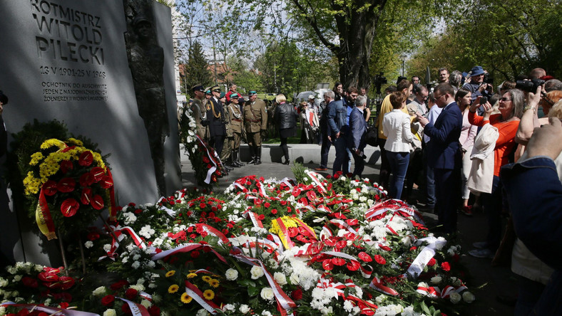 pomnik rotmistrza Witolda Pileckiego