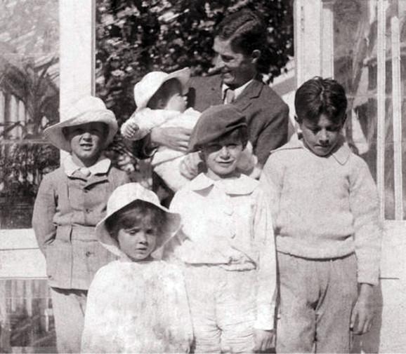 petar pan Arthur Llewelyn Davies And Sons