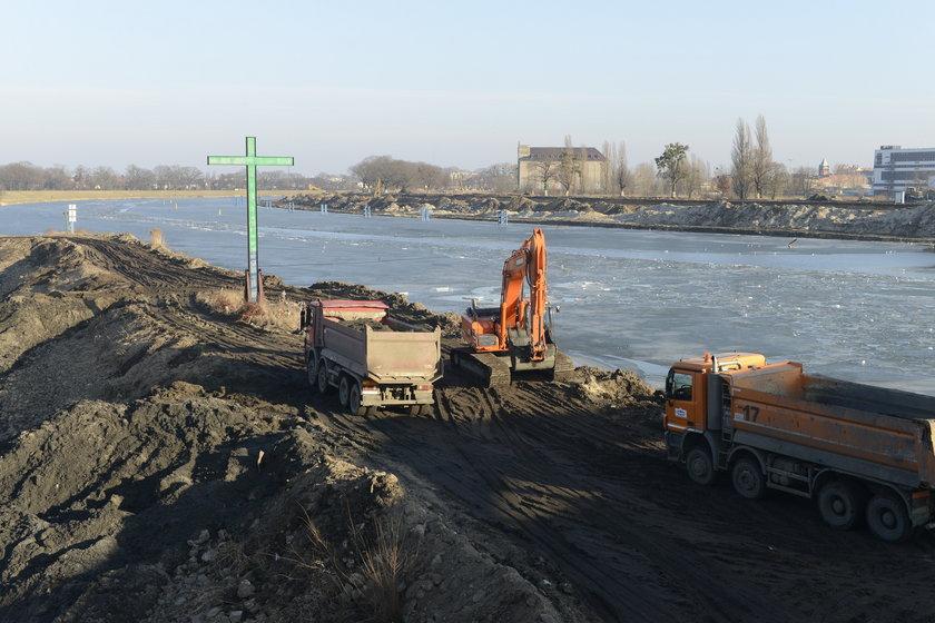 Prace przy Moście Osobowickim (jaz Różanka)