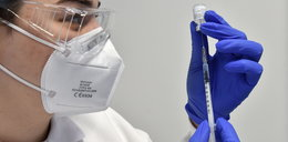 Szczepionki przeciwko koronawirusowi w jednej dawce? Jest opinia naukowców