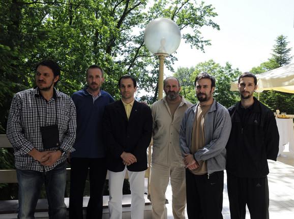 Nedeljko Milanović, Milić Martinović, Vojin Milojević(C;operativac BIA, ključni čovek u oslobađanju zarobljenih Srba), Zoran Nikolić, Vojislav Nićiforović, Milorad Đunić