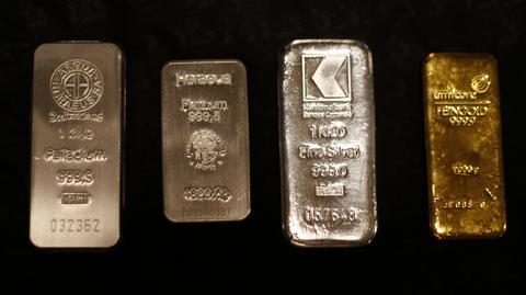 Od lewej sztabki: palladu, platyny, srebra i złota