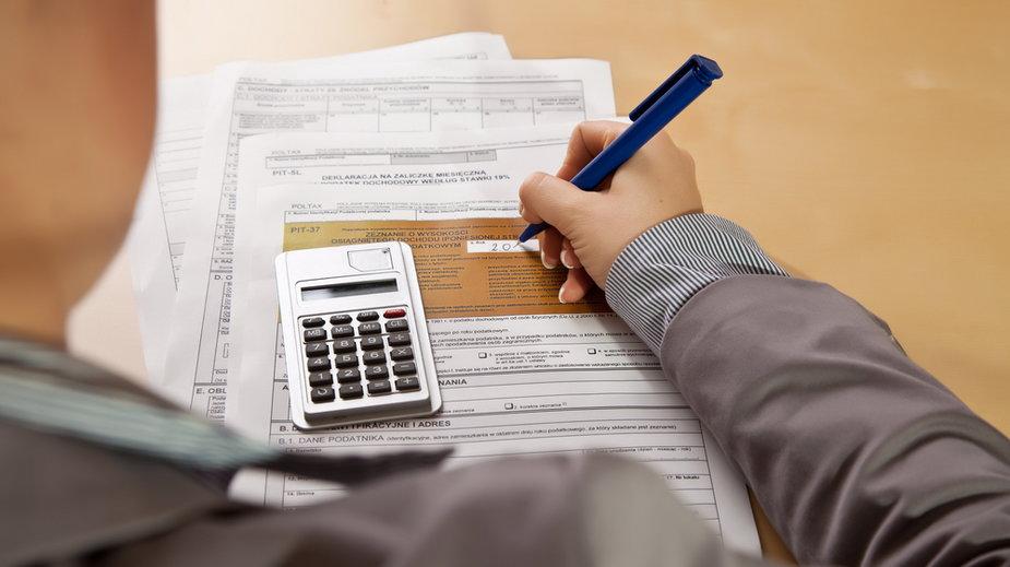 Podatek dochodowy od osób fizycznych PIT. Najważniejsze informacje