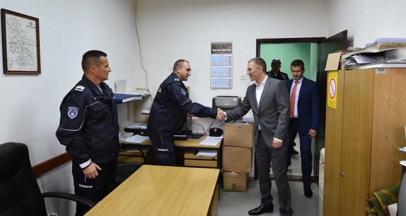 Ministar policije u poseti PS Koceljeva