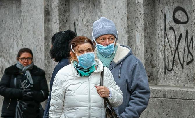 Ovakve scene se više neće viđati u Lombardiji- nošenjem maski štitite sebe i druge, poručile vlasti
