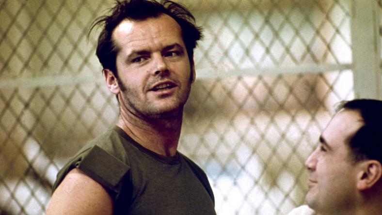 """Jack Nicholson w filmie """"Lot nad kukułczym gniazdem"""""""