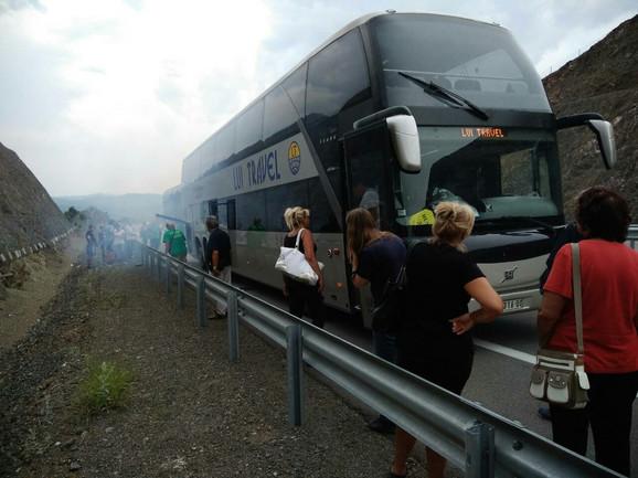 Mesto na kojem su stali kada se pokvario autobus