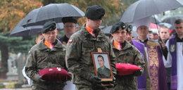 Pożegnanie żołnierza, który zginął na poligonie