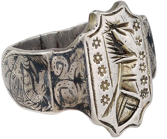Viteški prsten XV vek, srebro, nijelo, Muzej primenjene umetnosti