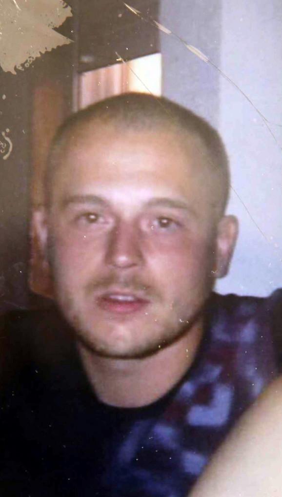 Dejan Marković pobegao je sa mesta nesreće koju je izazvao, a porodicu kojoj je naneo povrede i traumu nikada nije pozvao da se izvini
