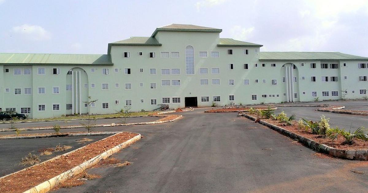 Federal Teaching Hospital Abakaliki bans staff's participation in ponzi schemes - Pulse Nigeria