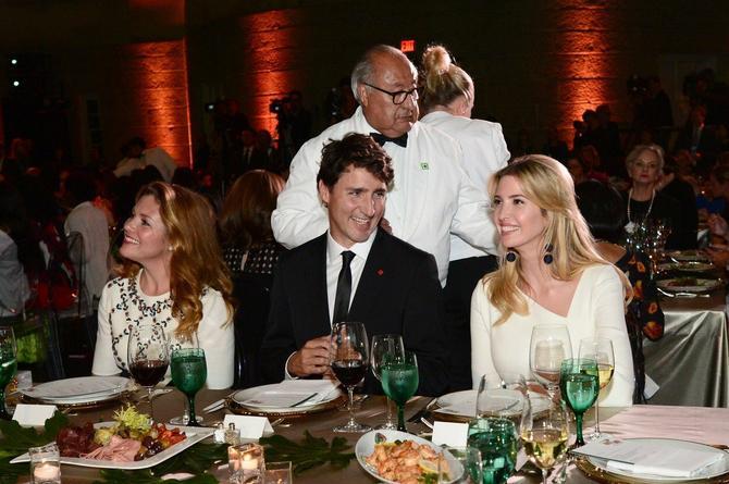 Sofi pogled njenog muža ka Ivanki nimalo ne smeta
