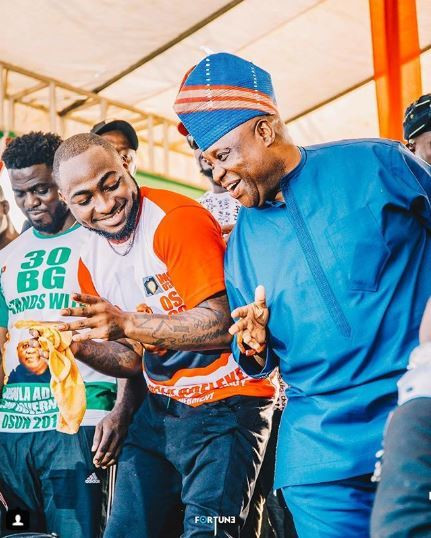 A few days ago, Davido had called out the government following the arrest of his uncle, Senator Ademola Adeleke by men of the Nigeria Police Force. [Instagram/DavidoOfficial]