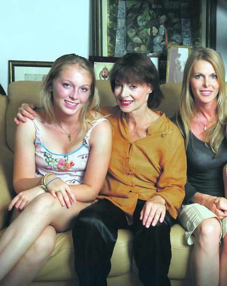 Indija, Jelisaveta i Katarina Oksemberg