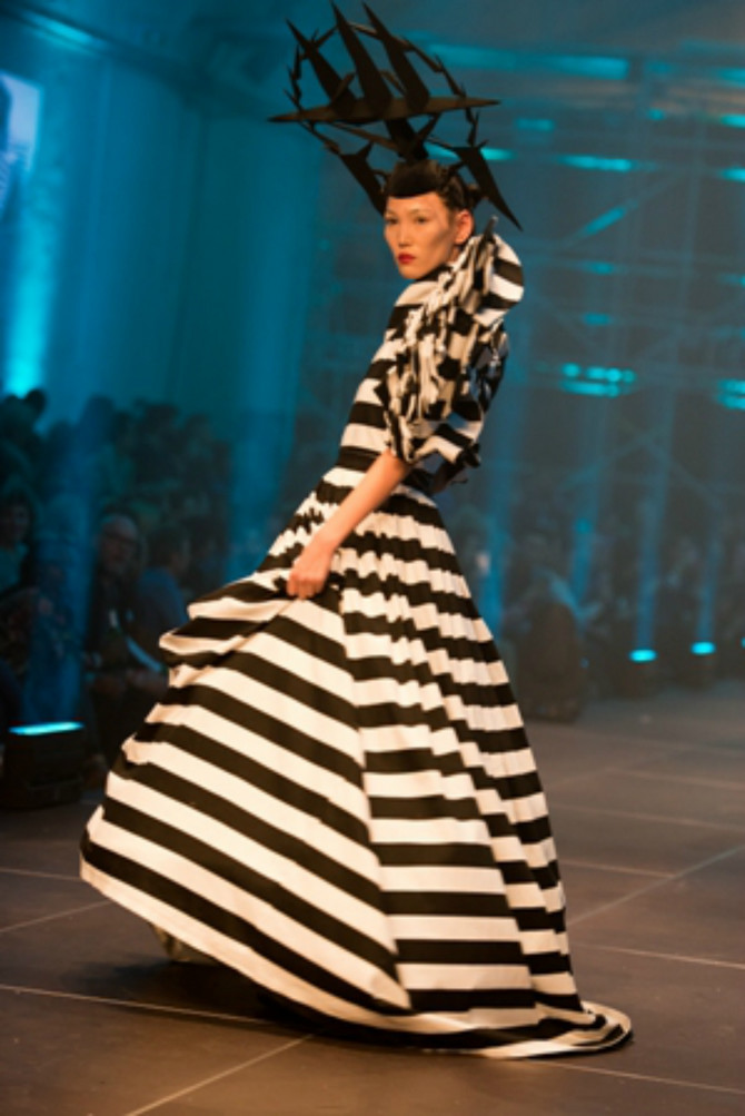 Model sa revije Ivane Pilje sa poslednje Berlinske nedelje mode