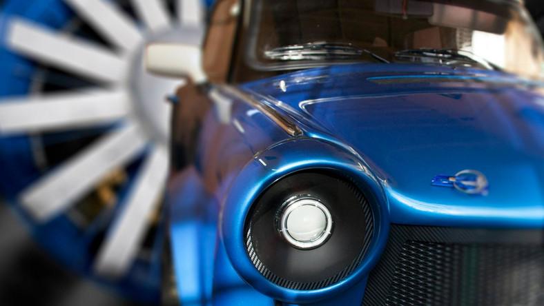 W 1963 roku w Berlinie z okazji VI Zjazdu SED (Socjalistycznej Partii Jedności Niemiec) zorganizowano wystawę Centrali Klubów Młodzieży i Sportowców - to tam po raz pierwszy zaprezentowano Trabanta 601. Wówczas nikt nie przeczuwał, że kształt tego auta przetrwa przez 27 lat produkcji.