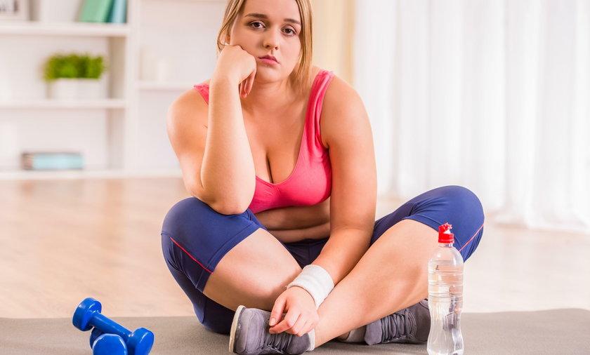 Picie napojów słodzonych i kofeinowych w trakcie i po wysiłku fizycznym zwiększa ryzyko choroby nerek