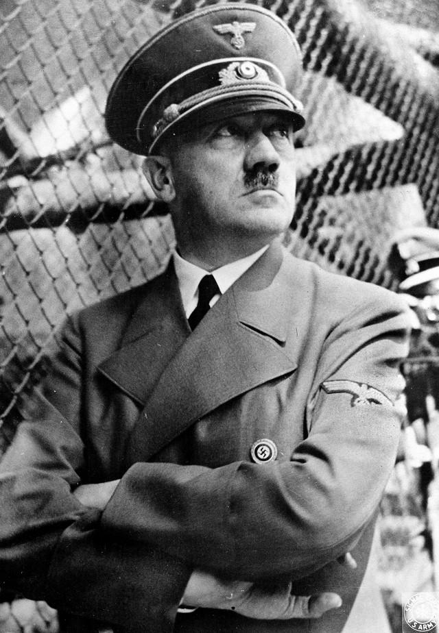 Adolf Hitle