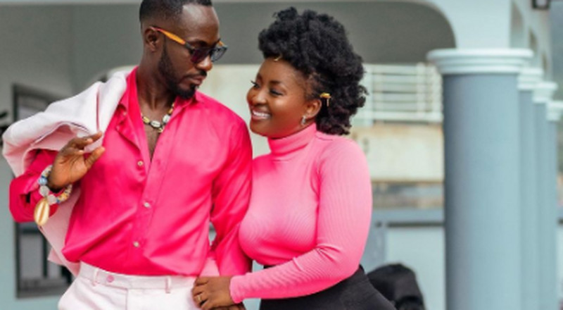 Couple goals: Okyeame Kwame celebrates wife with sweet and romantic birthday message
