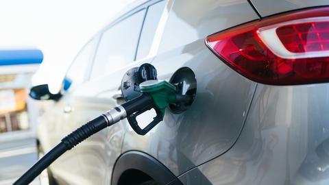 Analitycy prognozują, że podwyżki cen paliw mogą wyhamować