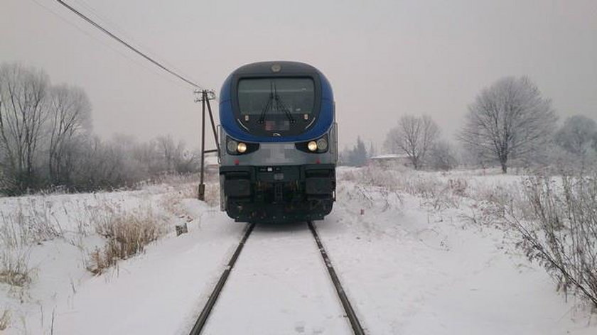 Wypadek na przejeździe kolejowym w Jedliczu