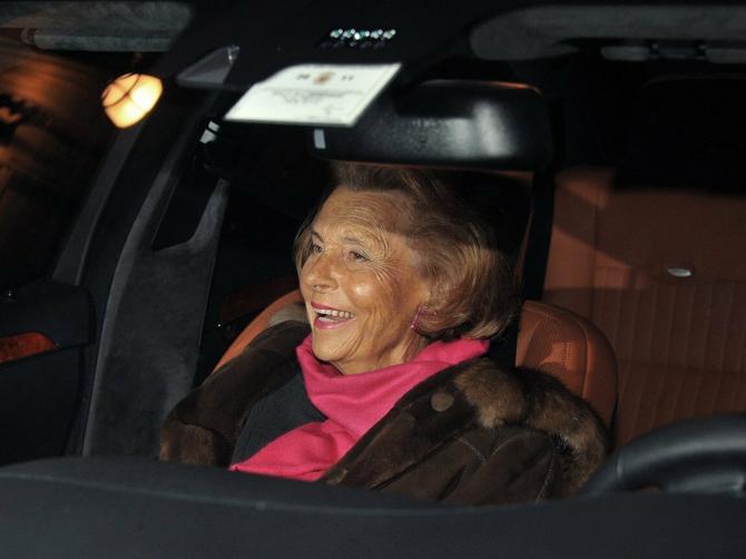 U 94. godini preminula najbogatija žena na svetu: Njeno bogatstvo procenjivalo se na 40 milijardi dolara!