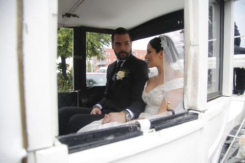IMPOZANTNA TORTA ZA VELELEPNO VENČANJE: Zvanice na svadbi Aleksandre i Filipa ostale bez daha zbog ovog prizora!