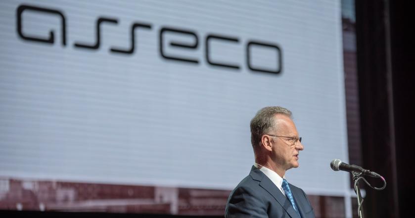 Adam Góral, prezes Asseco, nie wyklucza debiutu Asseco International na giełdzie we Frankfurcie. Pozyskany w ten sposób kapitał ma być przeznaczony na inwestycje