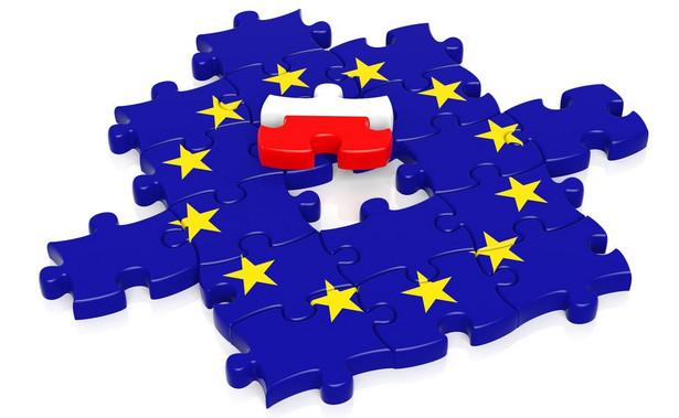 KE prognozuje również, że w 2022 r. PKB Polski wzrośnie o 5,1 proc.