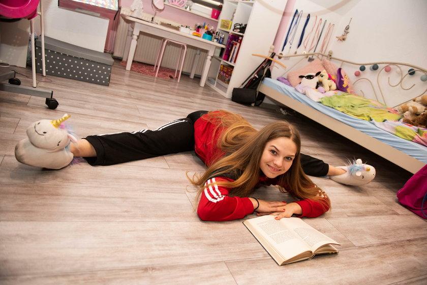 Julia Wojciechowska (17l.) licealistka z Bytomia uprawia akrobatykę powietrzną