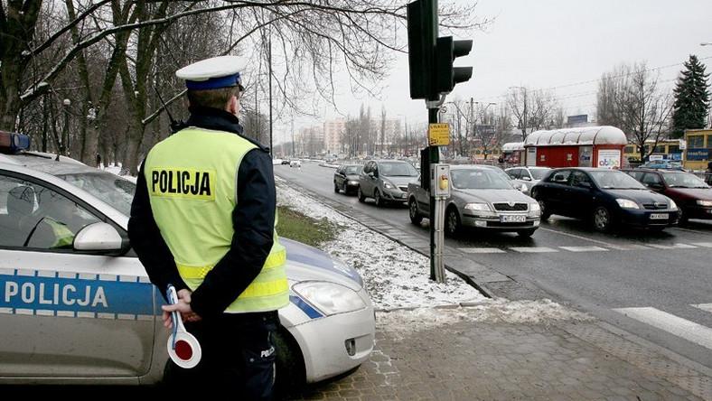 Idzie wiosna. Policjanci dostają mundry...na zimę
