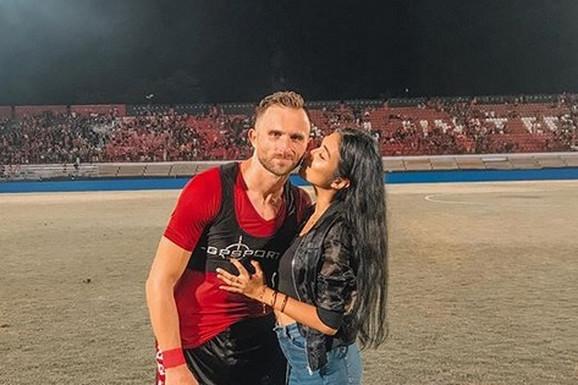 TUGA DO NEBA Fudbaleru umrla supruga, zbog ljubavi prema njoj je odbio VELIKO BOGATSTVO