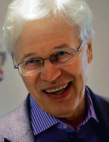 Bengt Holmström wykłada na Massachusetts Institute of Technology