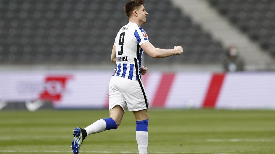 Hertha Berlin wyszła ze strefy spadkowej. Krzysztof Piątek z golem