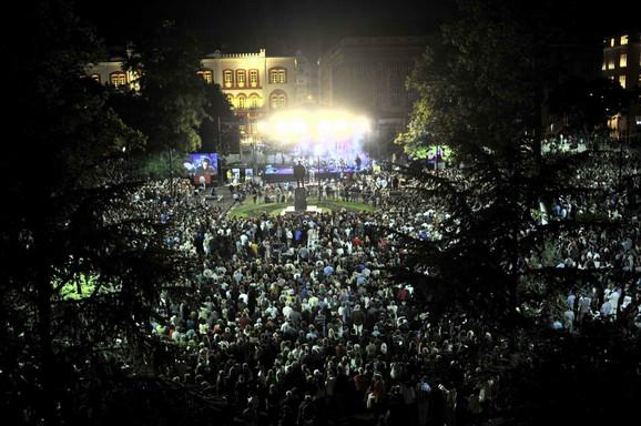 Nemanja je pohvalio publiku na kraju koncerta