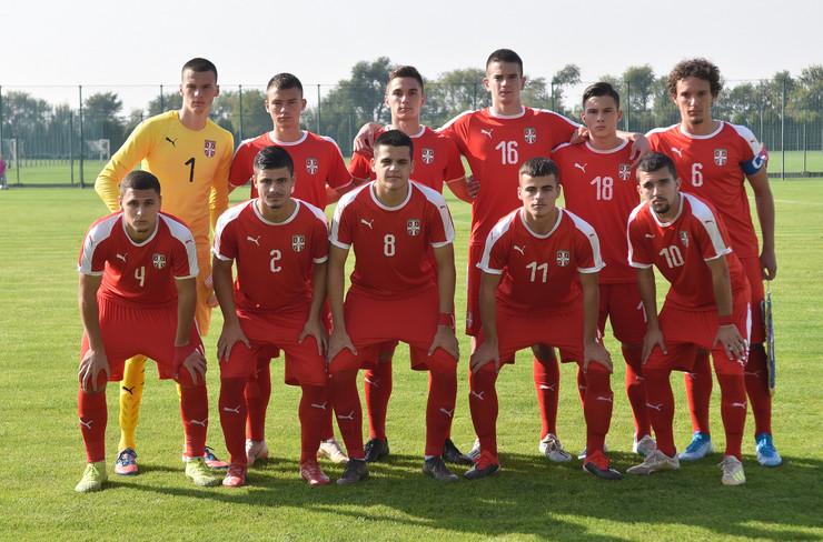 Fudbalska kadetska reprezentacija Srbije