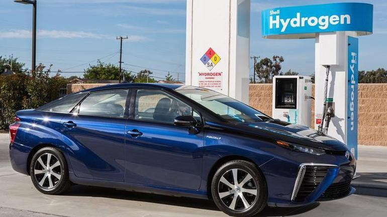 Toyota Mirai z napędem wodorowym