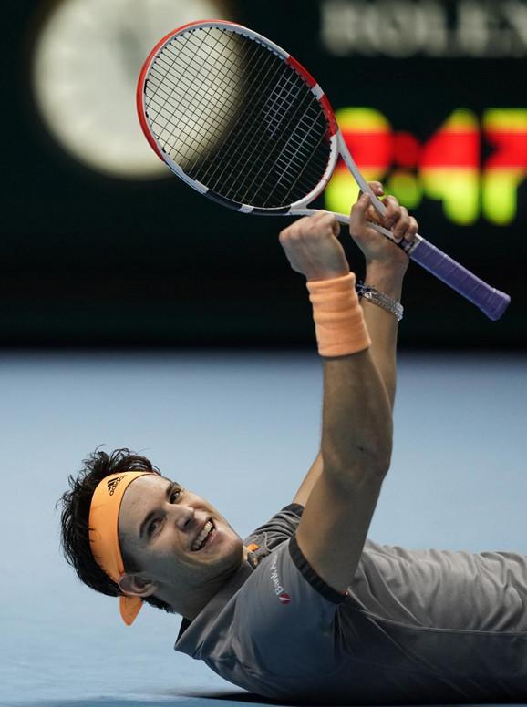 Dominik Tim slavi trijumf nad Novakom Đokovićem na završnom mastersu u Londonu
